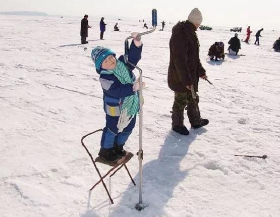deti na zimney rubalke