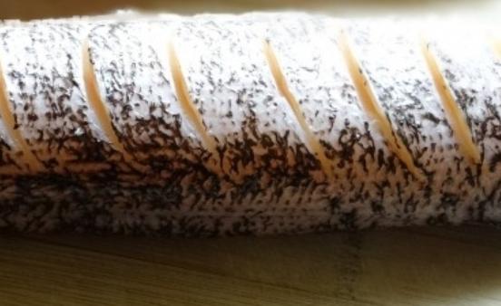 Щука в фольге на углях надрезы