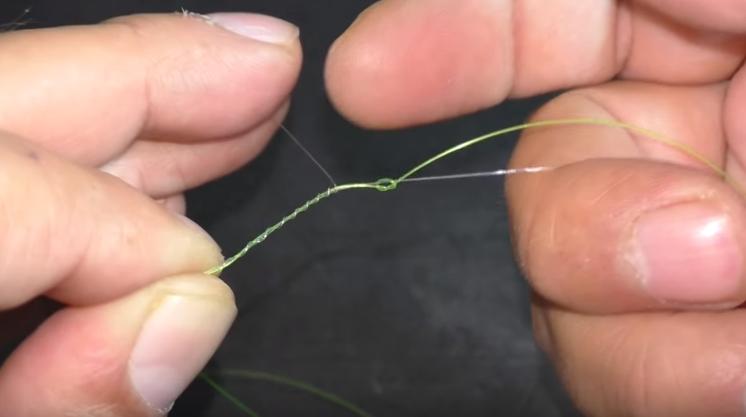 как привязать поводок к основной лексе узлы для вязания поводков