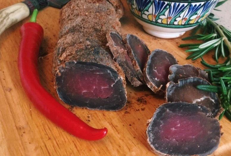 Бастурма из свинины в сушилке